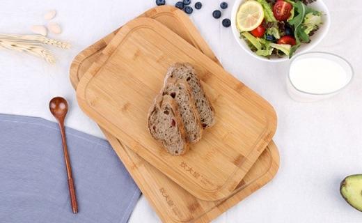 炊大皇菜板:精选天然楠竹材质,健康环保不易开裂