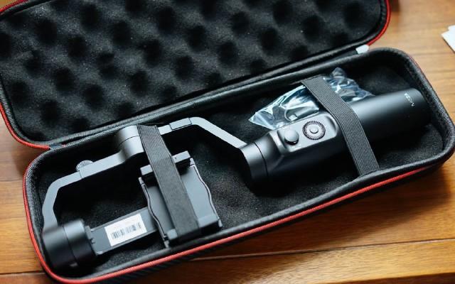 手机视频利器,支持无线充电的稳定器,魔爪mini稳定器体验