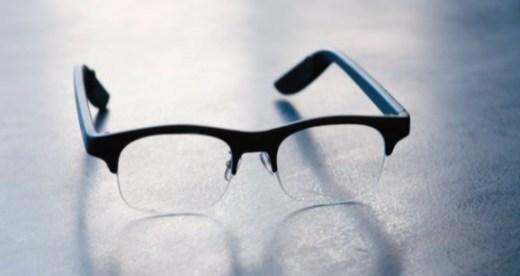 超轻薄智能眼镜问世,支持语音助手