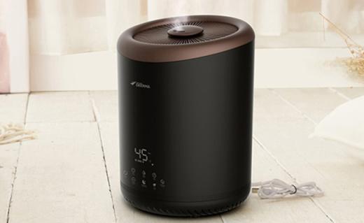 德尔玛加湿器:陶瓷雾化细腻保湿,断电保护静音无污染