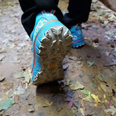泰尼卡至尊越野跑鞋体验,穿越中国的羚羊峡谷