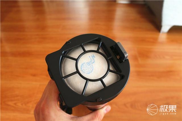 设计逆天,能水洗变形,还能净化空气—伊莱克斯PF91-5EBF无线吸尘器