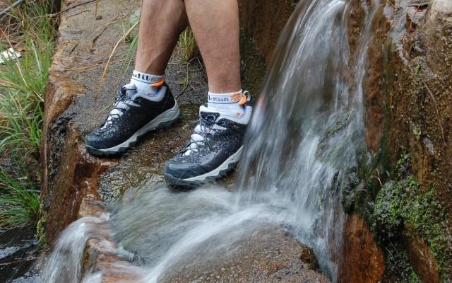 踏山趟水,凱家零磨合徒步鞋評測