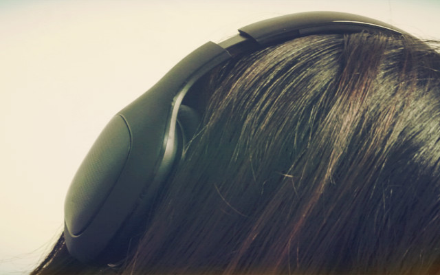 生活需要降噪,努力在闹中取静,小米头戴式蓝牙耳机测评