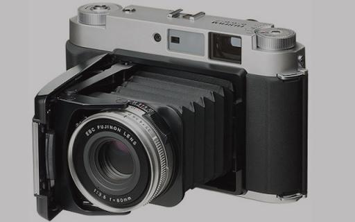 Fujifilm GF670 重新上架,胶片相机经典再现