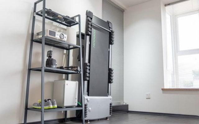 """打造带""""私教""""的个人健身房,小乔咕咚C3家用跑步机评测"""