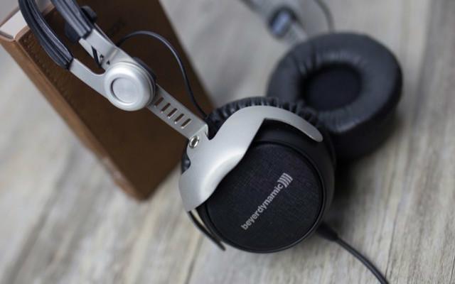 老当益壮!再听参考级音质老物件拜雅DT1350 80欧耳机