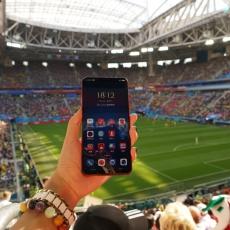 比这届世界杯更令人惊喜,专业女球迷已经离不开vivo X21 FIFA非凡版的这个功能了