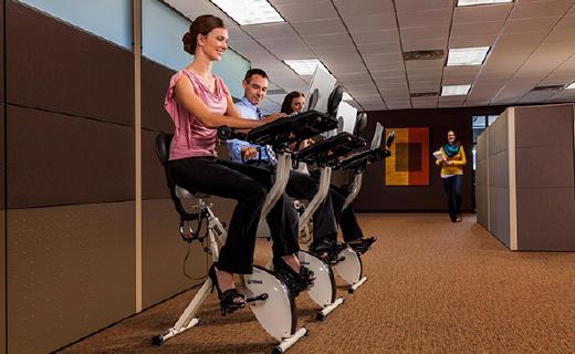 FitDesk X 2.0健身单车:静音便携有桌台,工作健身两不误