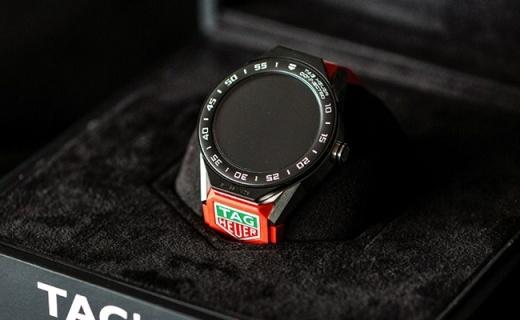 泰格豪雅推出新款智能腕表,可自行定制不同款式