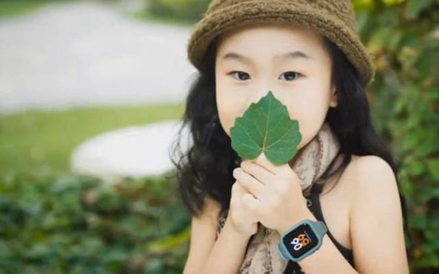 一键求救还能录音,再不怕孩子受到校园伤害 — 米兔儿童电话手表2体验 | 视频