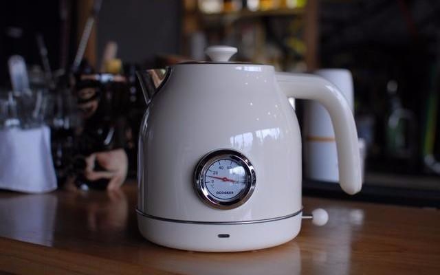 复古与机械的极美设计,小米有品上新圈厨复古电热水壶仅需199