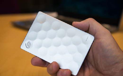 东芝Ultra slim 2TB硬盘:创新纤薄科技,快速传输稳定性好