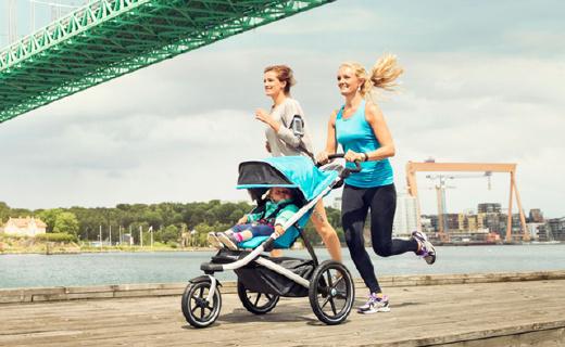 有了这个婴儿车,宝宝出生就跟你一起跑步