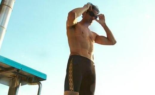 Speedo泳镜:智能贴合面部设计,佩戴舒适不起雾