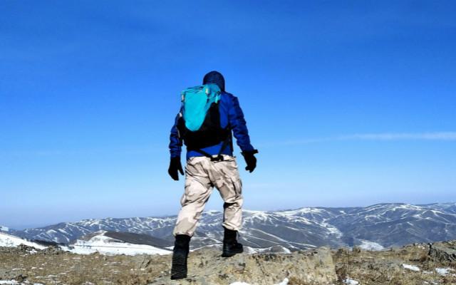凯乐石气旋28L背包,背负舒适不勒肩,与我一起追风踏雪