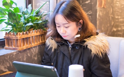 降噪+快充+无损蓝牙技术,1MORE高清降噪圈铁蓝牙耳机评测