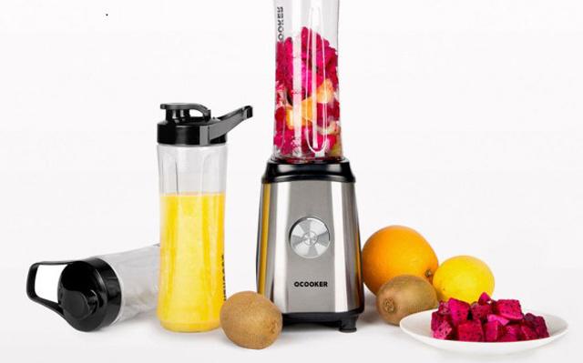 8秒钟就可以榨出新鲜果汁,有它还去啥饮品店 — 圈厨便携式果蔬料理机评测