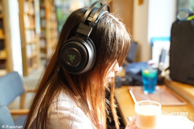 雷蛇(Razer)影鲛无线电竞游戏耳机