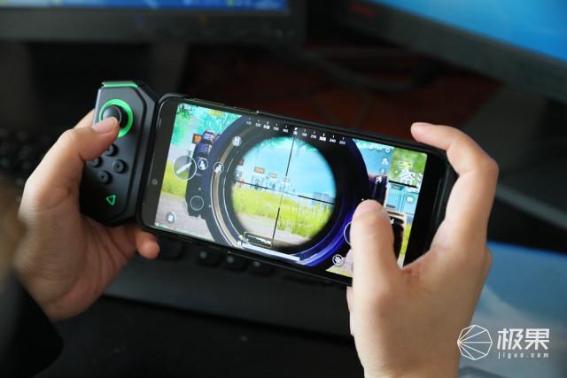 为电竞而生:黑鲨游戏手机到底强在哪?