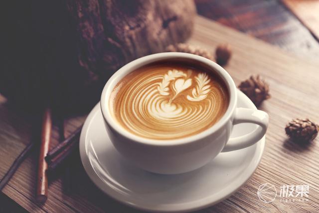 支持语音助手的联网咖啡机,还能做出你爱的味道