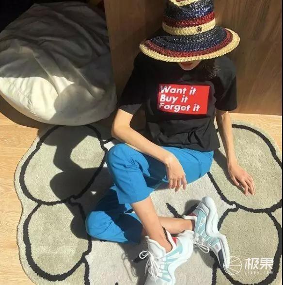"""我扒遍了潮流大佬的""""票圈"""",为你找到了4款最适合春夏戴的帽子"""