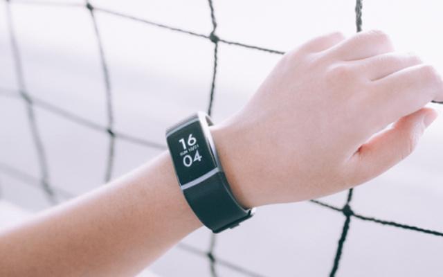 24小时实时监测心率,是手环更是健康管家 — 乐心ziva plus手环轻体验
