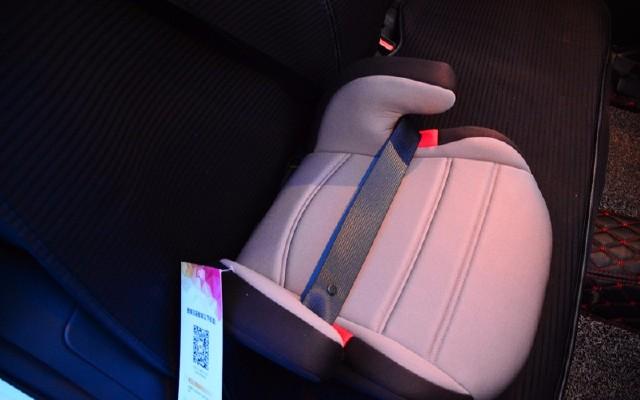 儿童安全座椅的替代品来了,欧颂osann儿童安全座椅增高垫体验