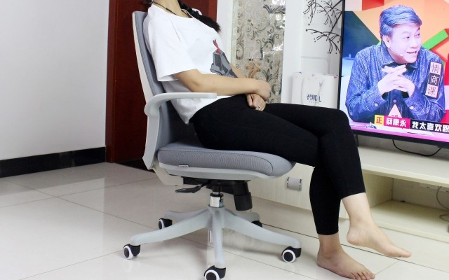 简约而不简单,为您坐得更好,西昊人体工学椅体验