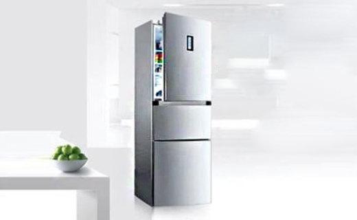 美的BCD冰箱:三开门246L制冷巨无霸,环抱冷藏风再不怕鱼肉变味啦