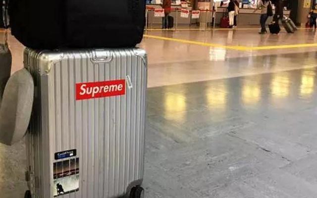 """行李箱界的""""机场Supreme"""",没有它出国都TM丢人"""
