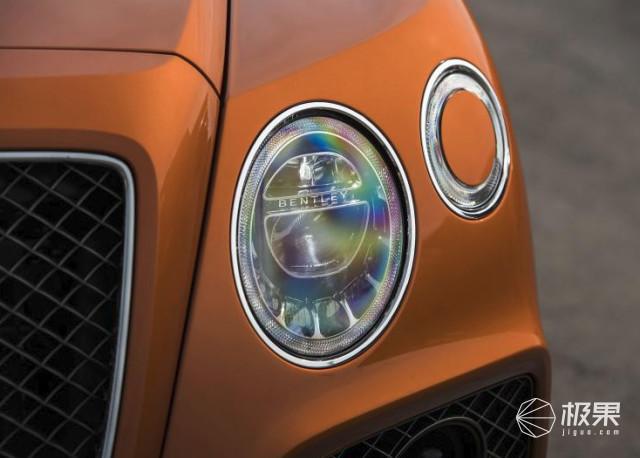 宾利再发史上最强SUV!恐怖零百加速秒杀兰博基尼,一块表值100多万!