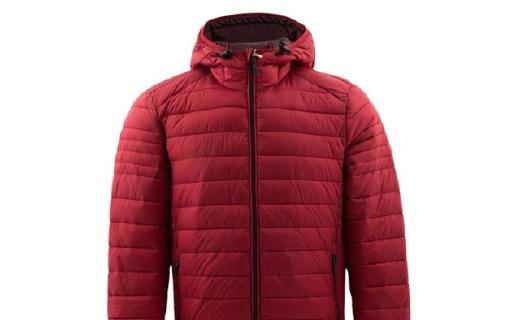 CELIO红色男士外套:尼龙材质亲肤舒适,经典配色时尚百搭
