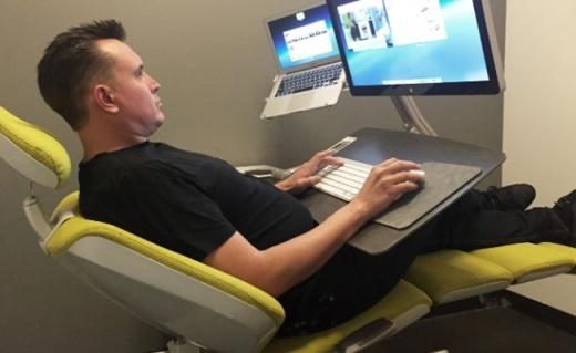 办公姿势随意挑选,这款椅子让你不怕颈椎酸痛