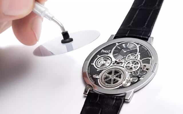 """腕表界的""""冈本001"""",史上最薄但戴着戴着就弯了"""