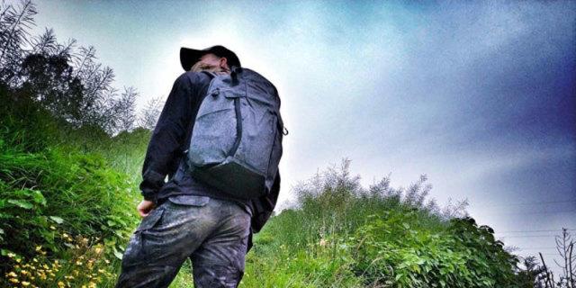 """轻薄防水耐撕裂,带这包能上战场也能办公 —  Maxpeditiin 隐形者系列""""天启""""战术背包体验"""