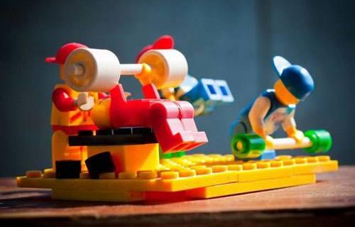 乐高经典小颗粒拼装 :ABS安全材质,满足孩子娱乐需要