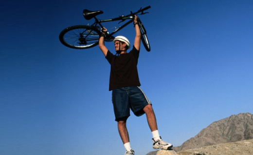 土拨鼠速干T恤:吸湿排汗又防紫外线,户外运动必备