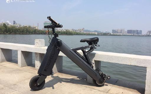 自由穿梭的城市小精灵,卡西威尔A-ONE智能电动车体验
