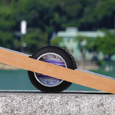Surfwheel 独轮平衡电动滑板