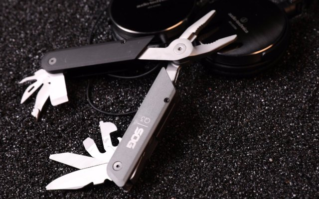 不是藝術品的多功能工具不是好的鉗子 — 索格 BATON系列Q3 多功能鉗評測 | 視頻