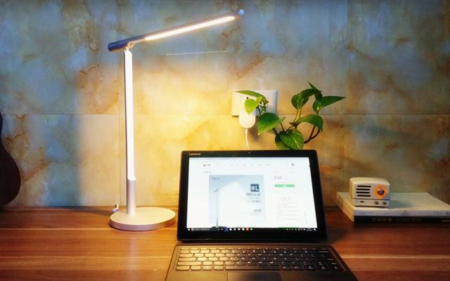 你家台灯也该换了,这个桌面艺术品你也许会喜欢