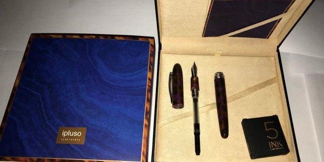 外觀時尚,出墨流暢:商務人士書寫首選鋼筆