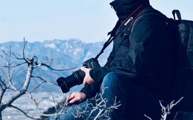 防风防水超轻量优极冲锋衣,助我安心户外行 | 视频