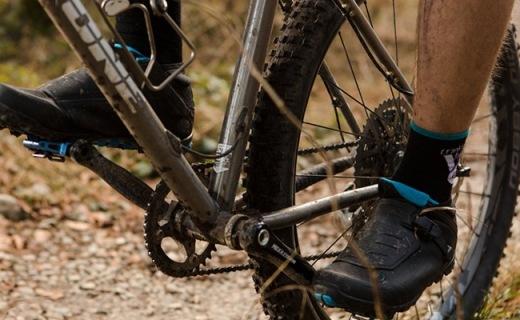Shimano新款骑行锁鞋,开春长距骑行不热脚