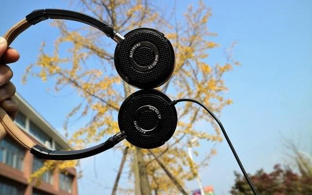 享受音乐,献给最精致的耳机 — 阿思翠AS100PRO头戴式蓝牙耳机体验