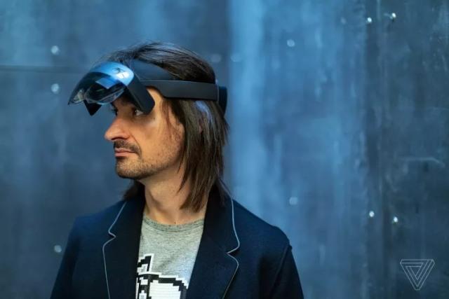 智东西晚报:华为发布5G折叠屏手机Mate X 微软发布AR设备HoloLens 2