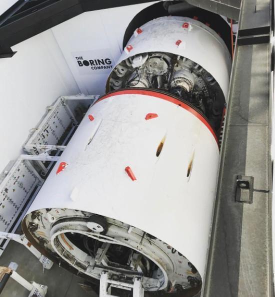 智东西晚报:美的买10亿理财离奇被骗;马斯克的超级隧道洛杉矶开挖