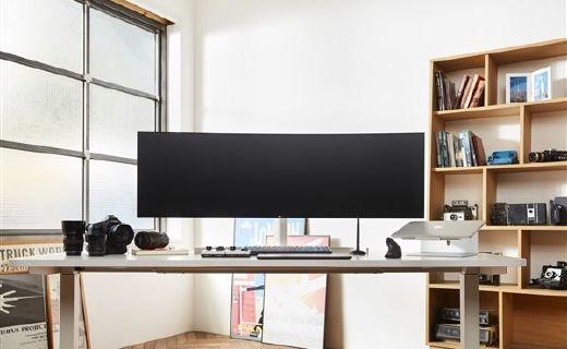 5K极致视觉享受!LG推出32:9超宽带鱼屏显示器