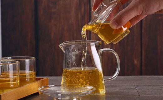 凤朗玻璃茶杯:质感细腻滑润,琥珀外观不媚不俗